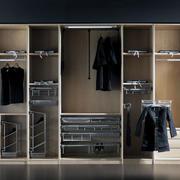 精致的欧式大户型整体衣柜装修效果图