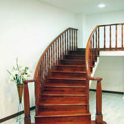 欧式大户型室内实木楼梯装修效果图