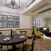 公寓餐厅圆形实木餐桌