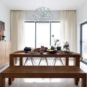 家庭餐厅实木餐桌