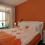 家庭橙色大卧室