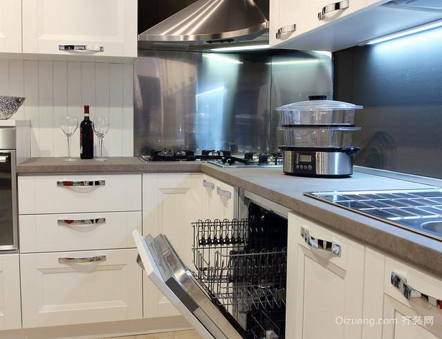 复式楼后现代风格奢华厨房装修效果图