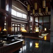 大型高尔夫球场东南亚风格休息室装修效果图