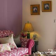 公寓客厅复古台灯欣赏