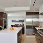 公寓厨房不锈钢橱柜