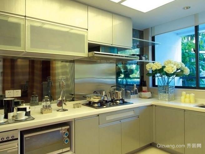 跃层韩式风格清新L型厨房装修效果图