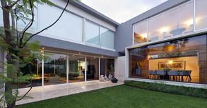 现代豪华别墅庭院设计装修效果图