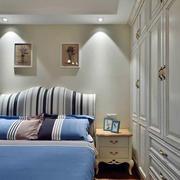 欧式简约风格三室两厅卧室衣柜装饰