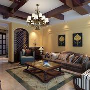 美式老年公寓客厅沙发背景墙设计效果图
