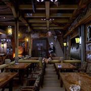 美式简约风格深色系原木酒吧装修效果图