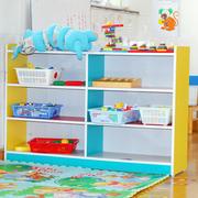 现代简约风格幼儿园置物架装饰