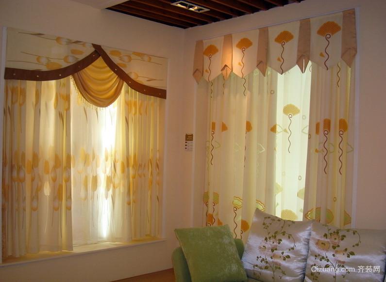 复式楼鲜艳色调飘窗窗帘效果图