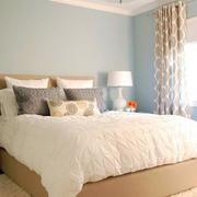 小户型北欧简约风格卧室榻榻米床装修效果图