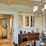 小复式楼餐厅石膏线吊顶装修效果图