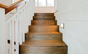 单身公寓自然风格楼梯设计装修效果图