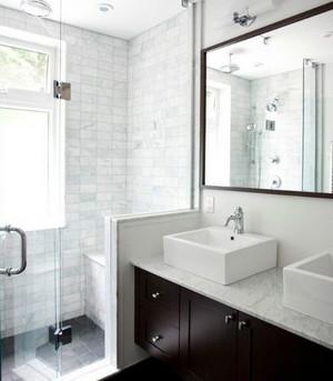 小户型后现代风格经典黑白色卫生间装修效果图