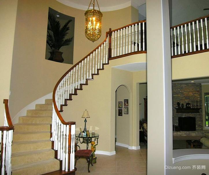 精致的大户型室内实木楼梯装修效果图