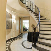 小户型浪漫风格旋转楼梯装修效果图