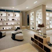 后现代风格鞋店鞋柜装饰