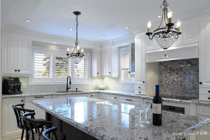 精美大户型公寓厨房大理石橱柜效果图