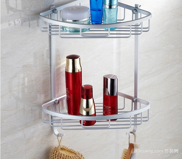 家居简约浴室不锈钢置物架装修效果图