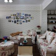 现代3居复式宜家小户客厅装修效果图