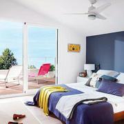 小户型都市风格清新卧室落地窗装修效果图