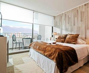 欧式简约风格卧室落地玻璃窗装修效果图