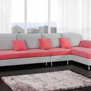 现代简约风格客厅沙发装饰