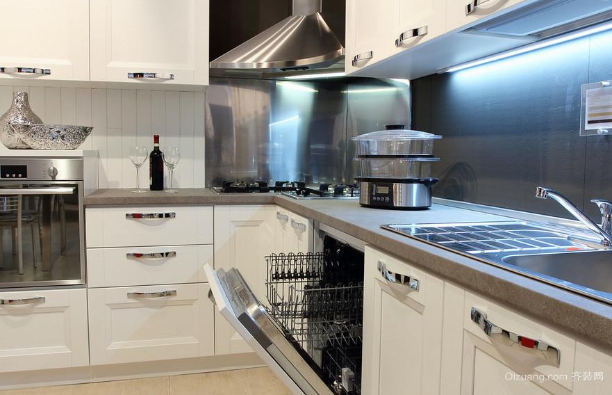 138平米简朴型厨房装修效果图