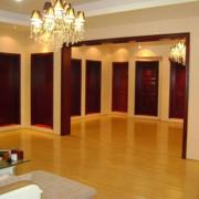 精致的欧式大户型实木门装修效果图片