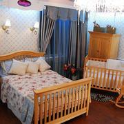 美式简约风格主卧婴儿床设计