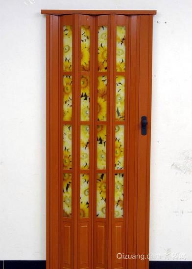 两室一厅日式简约原木厨房折叠门装饰效果图