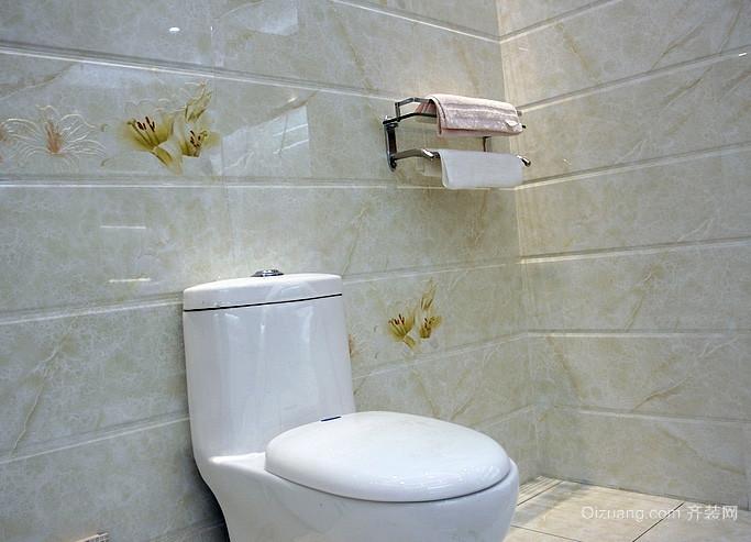 30平米简约风格卫生间瓷砖样式颜色效果图