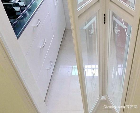 小户型欧式田园风格厨房折叠门装修效果图