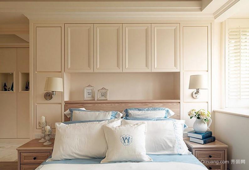 原木风小户型卧室组合衣柜装修效果图