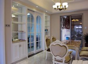 简欧式小厨房玻璃隔断门装修效果图