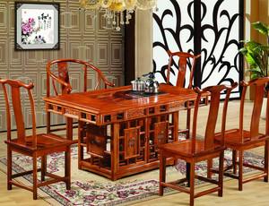 中式客厅浅色家具装饰