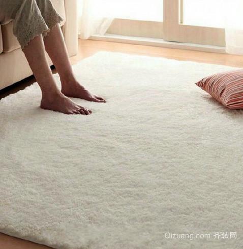 单身公寓纯白色调地毯效果图片