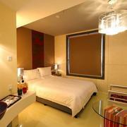 单身公寓现代简约风格暖色系卧室装修效果图