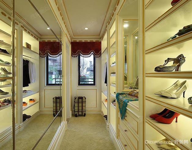 欧式风格奢华精致步入式衣帽间装修效果图