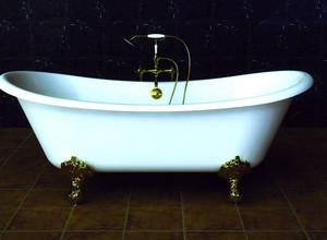 2015年时尚大气铸铁浴缸装修效果图
