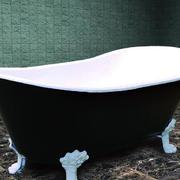 后现代风格深色系浴缸装饰