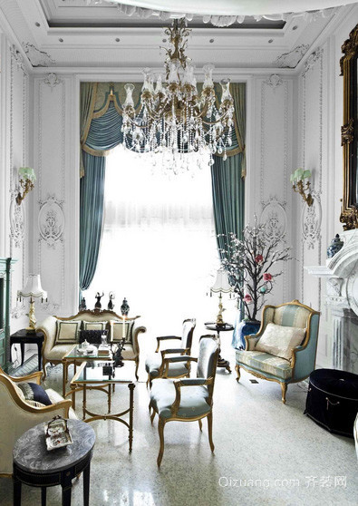 法式风格高挑奢华小户型客厅装修效果图