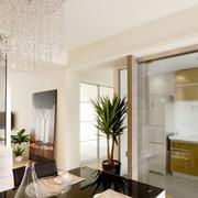 现代大户型家装厨房玻璃隔断装修效果图