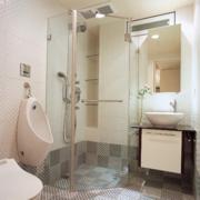 精致的欧式大户型卫生间装修效果图