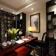 中式别墅书房博古架书柜装修效果图