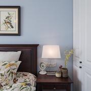 小户型卧室床头柜展示