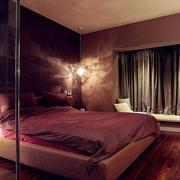 深色调房间装修图片