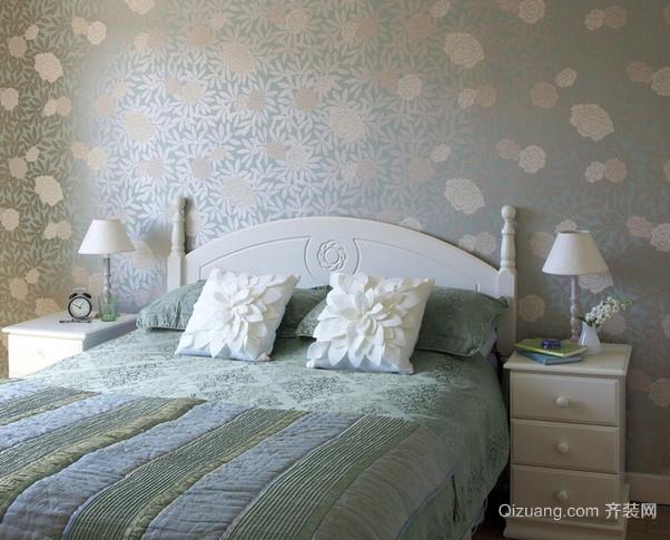 小户型欧式浅蓝色清新卧室装修效果图